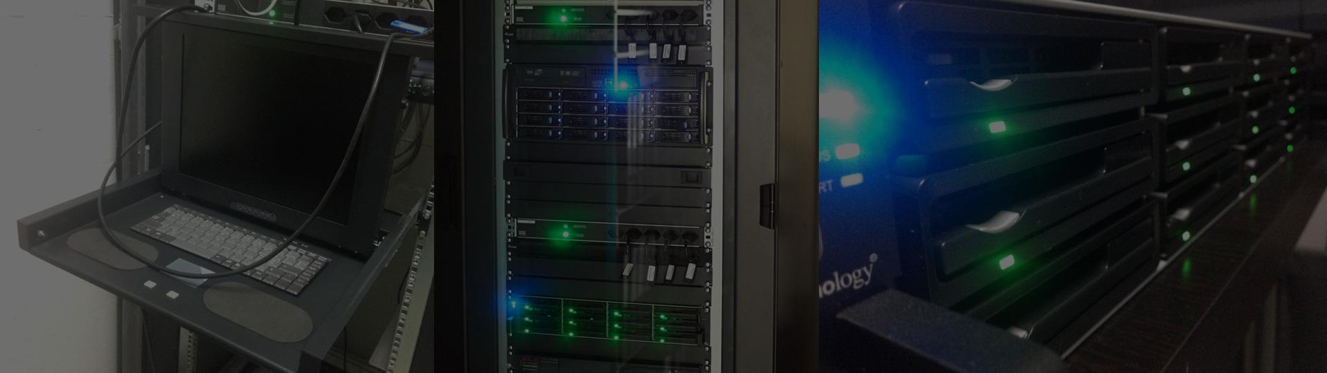 Der neue Synology 48 TB Hardware-Einschub löste Nancy 2014 ab. Links deren TFT-Schubladendisplay.